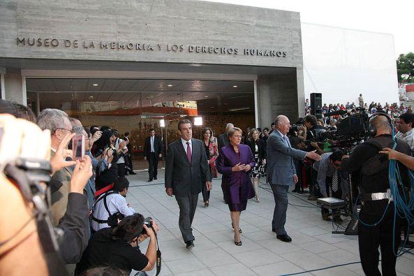 800px-Inauguración_Museo_de_la_Memoria_(Chile)