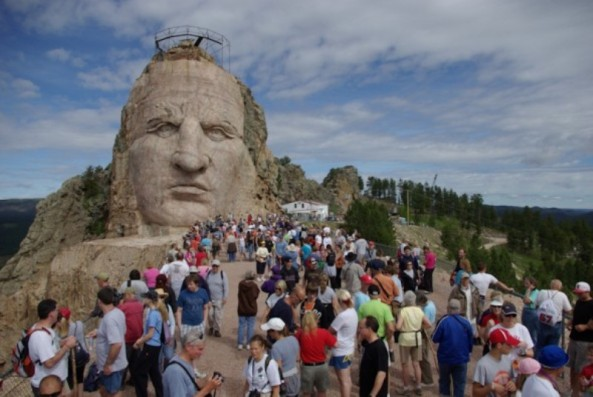 crazy-horse-gallery-011-590x395